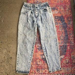 Vintage acid wash super high waisted mom jeans